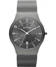 Skagen 233XLTTM Mens klassik grijze titanium mesh horloge